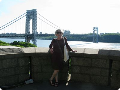 Mom at GW bridge 2_opt (1)